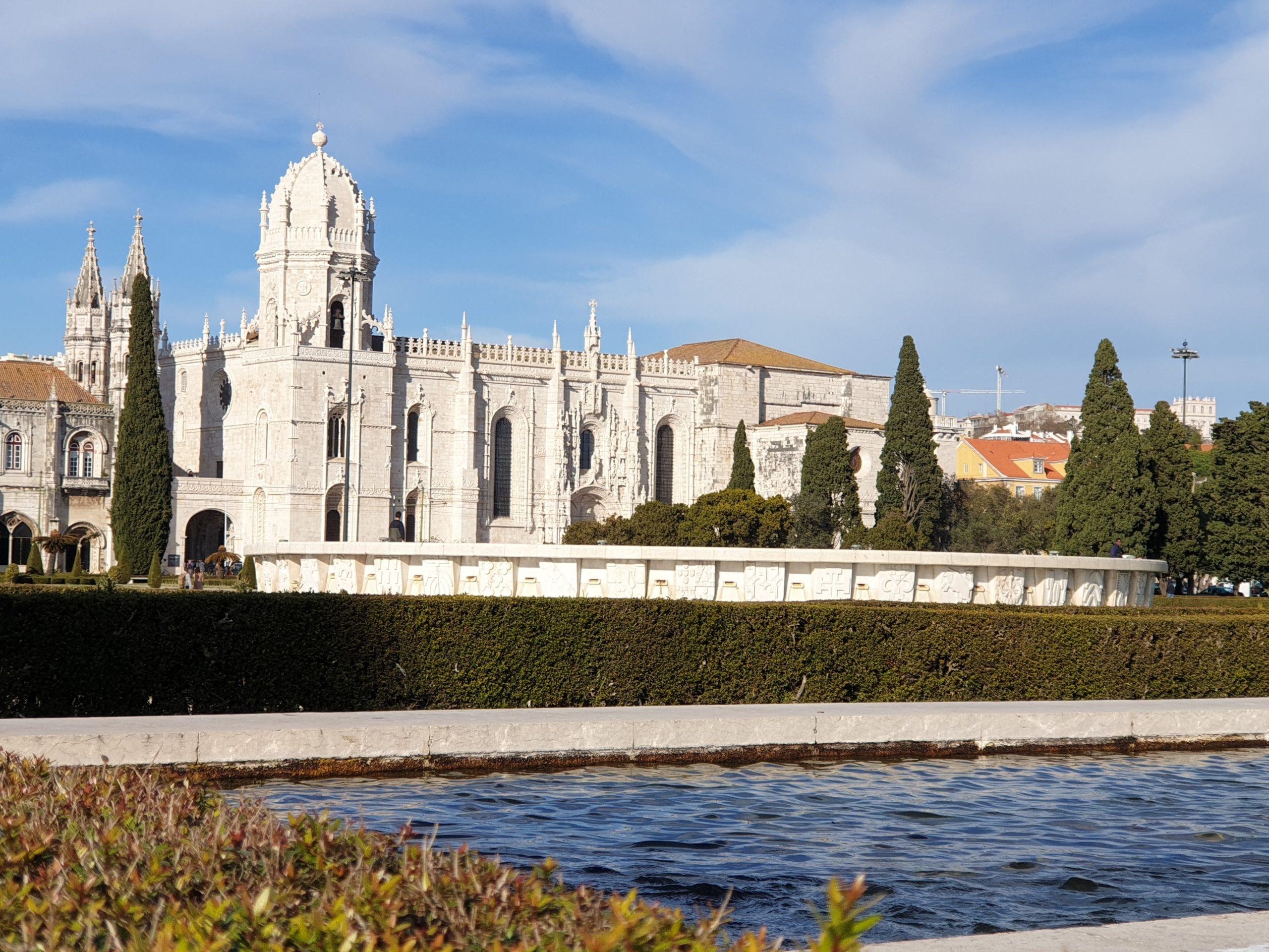 Top 10 obiective si experiente de neratat in Lisabona - Manastirea Jeronimos
